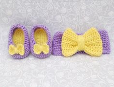 Baby Girl Crochet Bow Slippers and Matching Bow by KaiserBaby