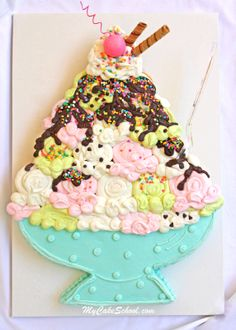 Not a cupcake cake fan, but this is a cute idea!