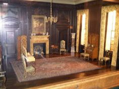 Great Blog about an Edwardian style dollhouse. Pretty sure this is a Thorne Room miniature.