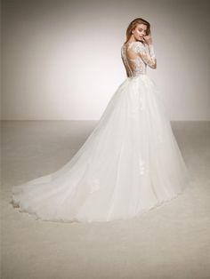 wedding dress contrasts
