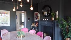 home decor palets home decor inspiration home decor dream Dining Room Inspiration, Home Decor Inspiration, Zoella New House, Zalfie House, Living Room Decor, Living Spaces, Living Rooms, Beautiful Dining Rooms, Chula