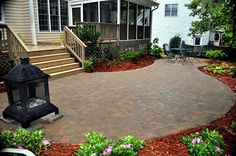 backyard idea - pavers