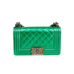 7353e2ba80c Chanel Limited Edition Emerald Green Patent Boybag   1stdibs.com Green  Handbag, Green Purse