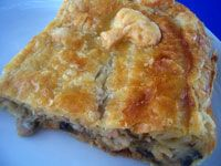 Great recipe for Mushroom pie. Once you try it, you will never forget it! Recipe by anyouta Different Recipes, Other Recipes, My Recipes, Cooking Recipes, Food Network Recipes, Food Processor Recipes, My Favorite Food, Favorite Recipes, The Kitchen Food Network