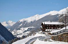 Bauernhof | Elsenhof | Hopfgarten im Defereggental | Osttirol Mount Everest, Mountains, Nature, Travel, National Forest, Sustainability, Vacation, Garten, Naturaleza