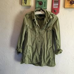 Green utility jacket Excellent condition, gently worn! Forever 21 Jackets & Coats Utility Jackets