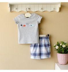 Mom and Bab Boys Set - Grey Fish - sadinashop.com  Baju setelan (T-shirt/kaos dan celana pendek) untuk bayi dan anak.