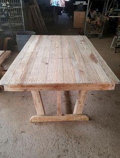 Outdoor Pallet Dining Table Set | Pallet Furniture DIY