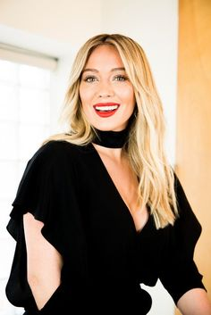 Hilary Duff in Photoshoot for The New York Times, 2017 Hilary Duff Style, Hilary Duff Makeup, Haley Duff, Casual Hair Updos, The Duff, Woman Crush, Girl Crushes, Cool Hairstyles, Wedding Hairstyles
