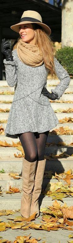 Sombrero, bufanda, guantes y botas. ¿Algo más? Ah sí, un lindo vestido. #Invierno2013 #Fashionista-->