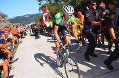 Vuelta a España 2014 - Stage 11: Pamplona - San Miguel de Aralar (Navarre) 153.4km - #LaVuelta #LaVuelta2014 #Vuelta #Vuelta2014 #VueltaEspana - Robert Gesink (Belkin) on the attack in the Vuelta a Espana stage 11