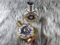 Tinh dầu nước hoa Dubai hoa cúc là một trong những loại nước hoa cực kỳ đặc biệt. Vì sao đặc biệt hãy cùng tìm hiểu về bài viết này nhé. Seo Online, Perfume, Dubai, Accessories, Fragrance