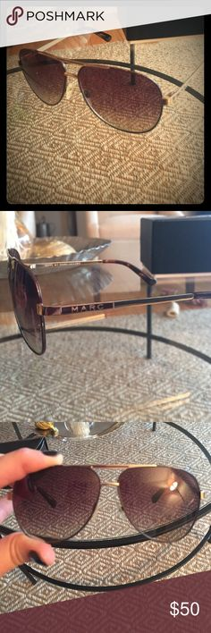 Marc Jacobs sunglasses Super cute Marc Jacob Aviators! Some slight signs of wear around metal frame. No lens scratches. Authentic Marc by Marc Jacobs Accessories Sunglasses