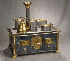 """""""A Time For Gratitude"""" - Sunday, November 115 German Tinplate Toy Stove with Brass Trim and Original Pots and Pans Miniature Furniture, Doll Furniture, Diy Dollhouse, Dollhouse Miniatures, Antique Stove, Vintage Stoves, Victorian Kitchen, Tin Toys, Miniature Houses"""