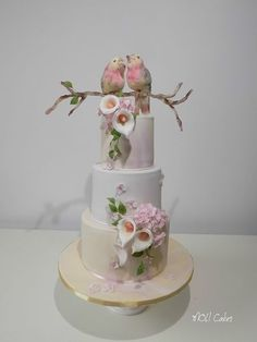 Wedding cake with birds - cake by MOLI Cakes Wedding Cake Photos, Elegant Wedding Cakes, Elegant Cakes, Beautiful Wedding Cakes, Gorgeous Cakes, Wedding Cake Designs, Amazing Cakes, Bird Cakes, Cupcake Cakes