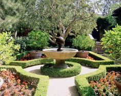 Beautiful Garden Fountain with Tuscan Design Inspirations