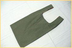 いらっしゃいませ レジ袋ふうのエコバッグを 私流に作りました。 面白い縫い方もし...