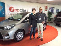Dopo 16 anni e 245.000 km condotti in maniera eccellente, la #Toyota #Yaris 1.0 di Selena passa il testimone alla innovativa Yaris Hybrid Active. Un ringraziamento per la fedeltà è un auspicio di altre soddisfazioni con Toyota !!