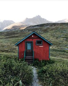 folklifestyle:  Would you stay here? Photo by @griffinlamb...