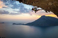 www.boulderingonline.pl Rock climbing and bouldering pictures and news Rock Climbing is a v