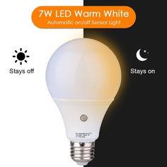 E27/E26 7-Watt 630Lumens LED Dusk-to-Dawn Sensor Light Bulbs Built-in Photosensor Detection Auto Switch Energy Saver Light Indoor/Outdoor Lighting Lamp for Porch Hallway Patio Garage Warm White 3000K