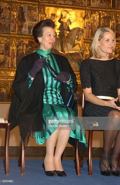 """Princess Anne and Princess Mette-Marit attend the Private View of """"Style and Splendour: Queen Maud of Norway's Wardrobe"""" exhibition at the Victoria and Albert Museum February 2005 in London,. Get premium, high resolution news photos at Getty Images Princesa Anne, Princesa Real, Westminster Dog Show, Queen Pictures, Queen Mother, Royal Princess, Victoria And Albert Museum, Queen Elizabeth, Green Dress"""