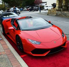 The Lamborghini Huracan was debuted at the 2014 Geneva Motor Show and went into production in the same year. The car Lamborghini's replacement to the Gallardo. Luxury Sports Cars, Top Luxury Cars, Exotic Sports Cars, Cool Sports Cars, Sport Cars, Cool Cars, Luxury Auto, Sport Sport, Lamborghini Huracan Spyder