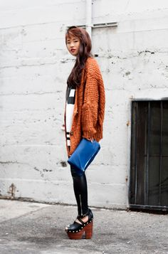 Knit sweater, chunky heels, leggings, sports jersey urban chic fashion. La Vagabond Dame | By Natalie Liao: weekend comfort