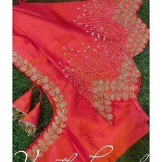 Wedding Saree Blouse Designs, Pattu Saree Blouse Designs, Blouse Designs Silk, Designer Blouse Patterns, Kurti Designs Party Wear, Wedding Blouses, Simple Blouse Designs, Stylish Blouse Design, Mirror Work Blouse Design