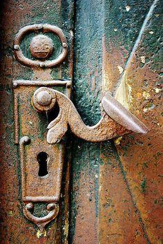 Old Door in Tallinn, Estonia...I love close up shots of abstract stuff like this! Old Door Knobs, Door Knobs And Knockers, Knobs And Handles, Door Handles, Cool Doors, Unique Doors, Old Keys, Door Detail, Door Gate
