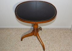 Federal style tea table oval inlaid leather top Baker ? furniture side end #Unknown