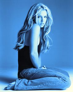 Rihanna, We Heart It, Britney Spears Pictures, Back In The 90s, Baby One More Time, Britney Jean, Music Icon, Female Singers, Celebs