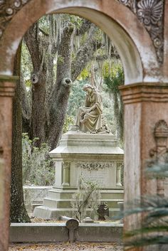 Bonaventure Cemetary, Savannah, Georgia.....one of the most beautiful places you could ever visit.