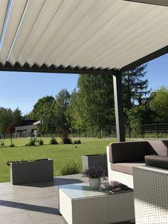 Doskonałe zadaszenie tarasu u naszego Klienta za pomocą pergoli pro oraz markizy - Blog MK Studio Warszawa Pergola, Outdoor Decor, Blog, House, Home Decor, Patio, Lawn And Garden, Decoration Home, Home