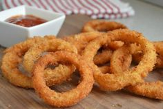 Homemade Extra Crispy Onion Rings are one of my favorite appetizers to make - especially for game time parties and more.