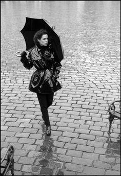 Ferdinando Scianna CZECHOSLOVAKIA, Prague: fashion story .
