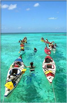 Lighthouse Reef Atoll & the Great Blue Hole - Belize Kayak Camping, Canoe And Kayak, Kayak Fishing, Ocean Kayak, Canoe Trip, Fishing Boats, Great Blue Hole, Kayak Adventures, Outdoor Art