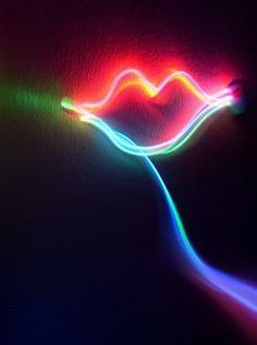 Neon Kiss | Flickr