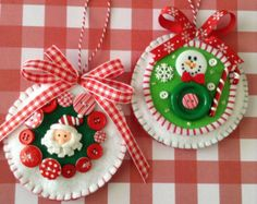 Christmas Ornaments / Christmas Hanging Hearts / by CraftsbyBeba