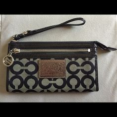 Coach Poppy wristlet wallet EUC. Interior does have some minor stains (noted in pics) from every day use. Exterior has no visible flaws. Coach Bags Clutches & Wristlets