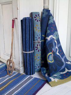 Herbst / Winter 2013 - So schön und so vielseitig sind unsere Teppiche! Ob aus Baumwolle, Wolle oder Kokos, ob gefilzt, gewebt oder bestickt: Unsere Palette an einzigartigen Teppichen hält für jeden Geschmack etwas bereit!