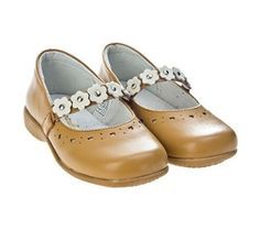 Shop #shoes for kids in our #Campanilla sale today.