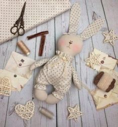Best 12 ♥ These dolls bunnies will be gorgeous gift for the two little sisters or girlfriends. At your request, the toy can be personalized. Animal Sewing Patterns, Stuffed Animal Patterns, Doll Patterns, Felt Crafts, Easter Crafts, Fabric Crafts, Diy Ostern, How To Make Toys, Fabric Toys