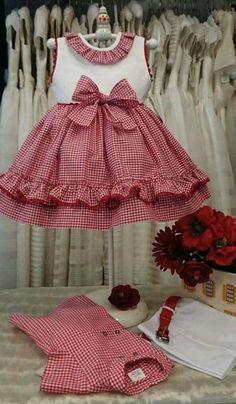 Girls Red Gingham Dress Baby Girl Dress Toddler by TootandPuddle Kids Frocks, Frocks For Girls, Little Dresses, Little Girl Dresses, Girls Dresses, Toddler Dress, Baby Dress, Dress Anak, Baby Frocks Designs