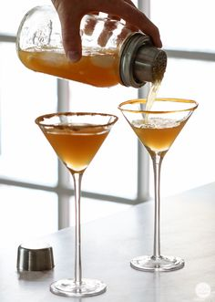Easy recipe - Apple Cider, Caramel Vodka & Butterscotch Schnapps. Rim the glass with cinamon sugar or caramel sauce. want the deets: http://www.redenvelope.com/blog/caramel-apple-cider-martini. Yummy! ^tina_stl Caramel Apple Cider Martinis