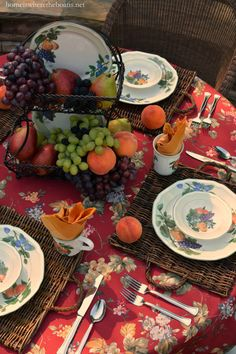 Alfresco dining with Mikasa Antique Orchard Dinnerware | homeiswheretheboatis.net #tablescape