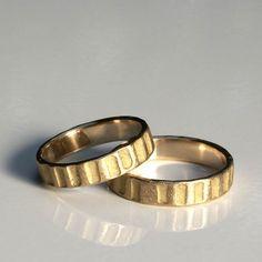 Jan Suchodolski, obrączki ślubne / wedding rings; Obrączki te zaprojektował jeden z założycieli http://waszeobraczki.pl