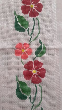 This Pin was discovered by Zey Cross Stitch Borders, Cross Stitch Designs, Hand Embroidery Design Patterns, Knit Crochet, Diy And Crafts, Birthday Gifts, Weaving, Diy Projects, Kids Rugs