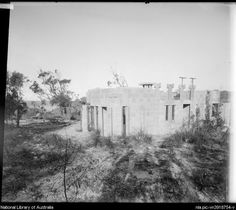Creswick House, 4 The Barbette, Lot 196, Castlecrag, [7] [picture].