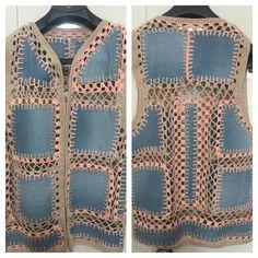 Discover thousands of images about Giyilmeyen kot pantolonlar böyle değerlendirilebilir Crochet Baby Dress Pattern, Crochet Yoke, Crochet Skirts, Crochet Fabric, Baby Knitting Patterns, Diy Crochet, Crochet Clothes, Crochet Patterns, Denim Crafts